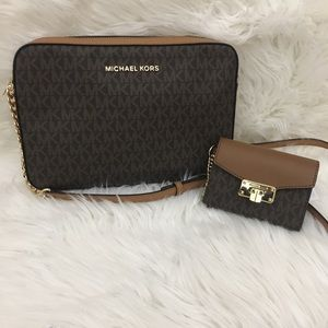 New Michael Kors Large Crossbody Bag & wallet
